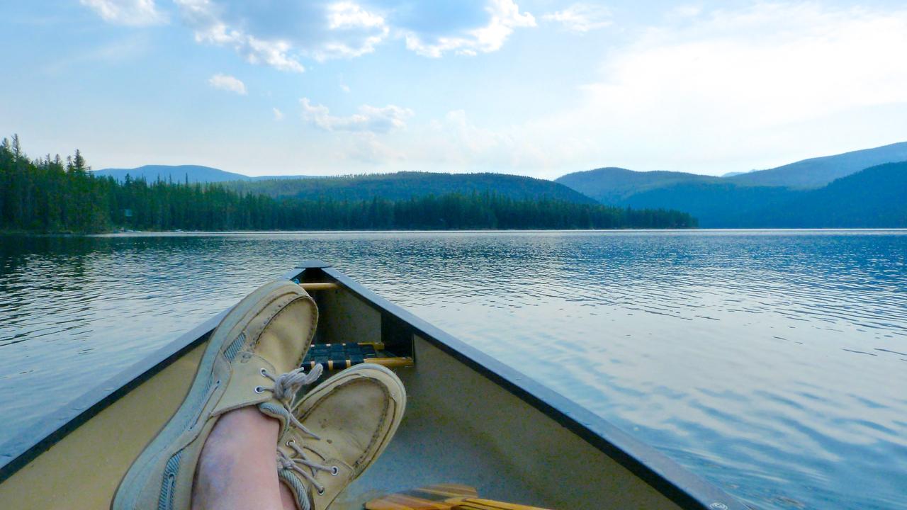 shoes_canoe